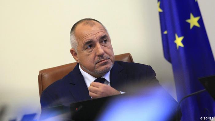 Борисов не управлява. Той просто си пази властта.
