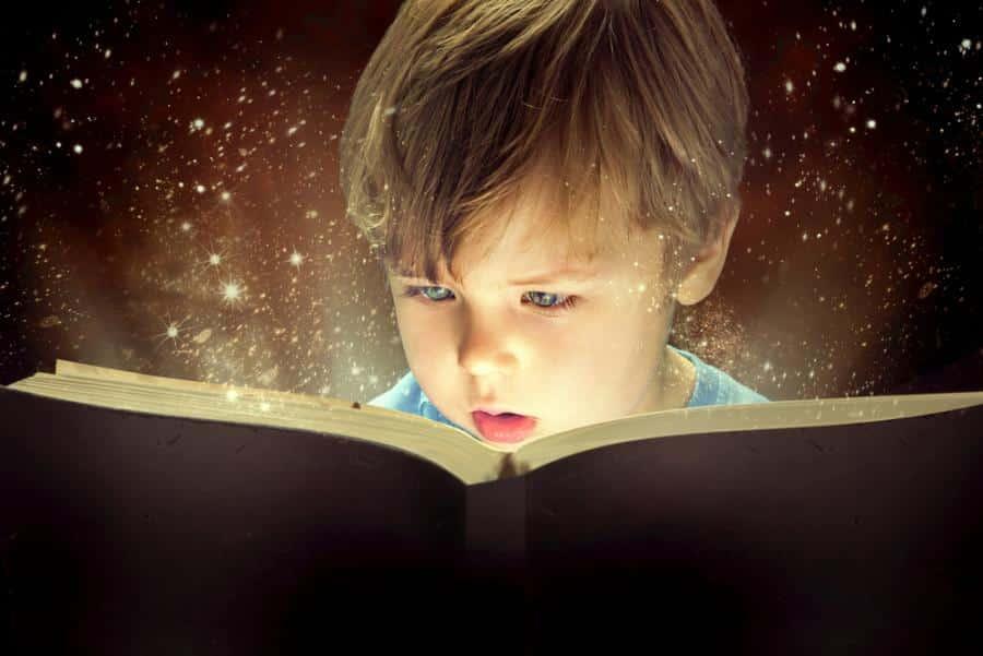 дете чете кника