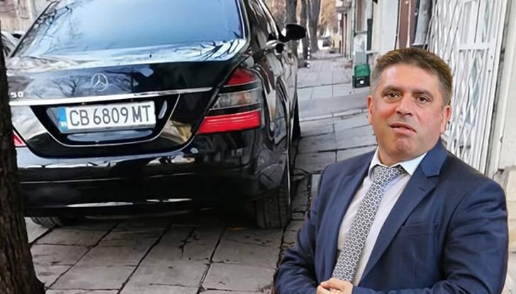 правосъдният министър Кирилов и мерцедеса му на тротоара