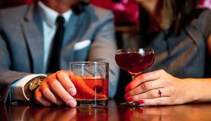 чаши с алкохол