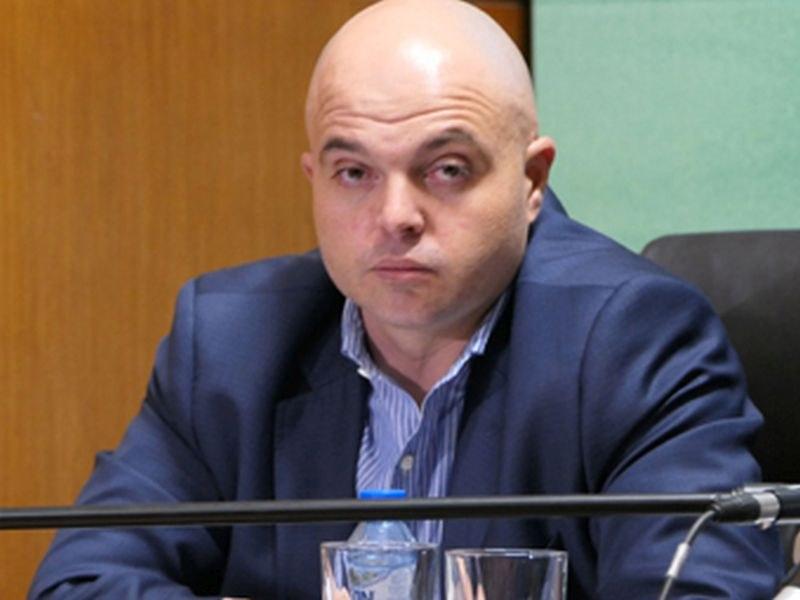 gl-komisar-ivailo-ivanov-kogato-chovek-039