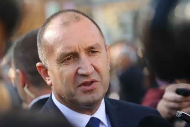 """Румен Радев: 9% ДДС е работа """"на парче"""", а държавните бензиностанции – """"авантюра"""""""