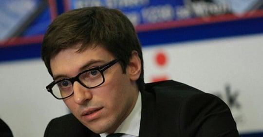 Румен Чолаков: Борисов снове в Брюксел като просяка на Европа