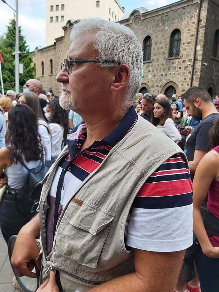 Полицаи задържаха Минчо Спасов заради опита за блокада на столичното метро
