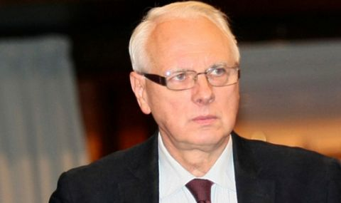 Велизар Енчев: МВнР да изтегли българския посланик в Скопие