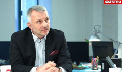 Адв. Хаджигенов пред ФАКТИ: Бойко го е страх от законно възмездие