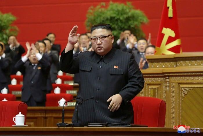 Ким е отчаян, вече не може да крие истината
