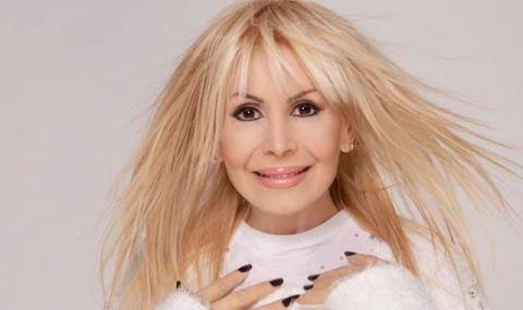 Лили Иванова с трогателен поздрав за 3 март (СНИМКА)