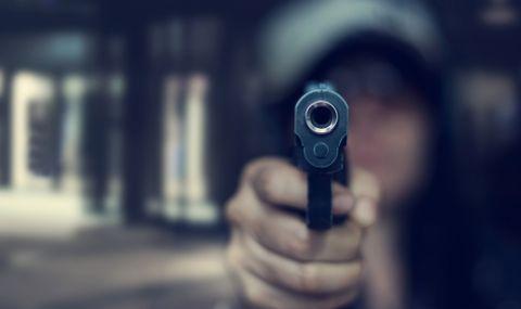 """Агресия на АМ """"Тракия"""": Шофьор заплаши с пистолет водач на камион"""