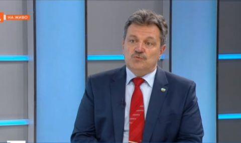 Д-р Симидчиев: 50% шанс за пик на COVID-19 през август, 90% – през септември