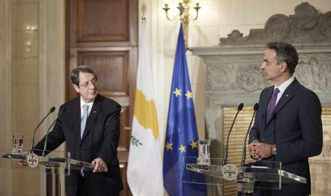 Тристранна среща в Гърция
