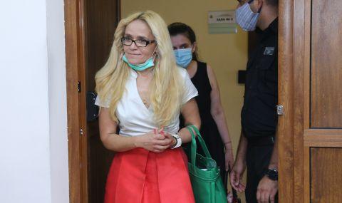Иванчева се яви на детектор на лъжата, призова Гешев да направи същото