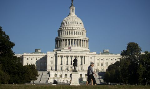 САЩ призова руските граждани да подават молби в посолството в Полша